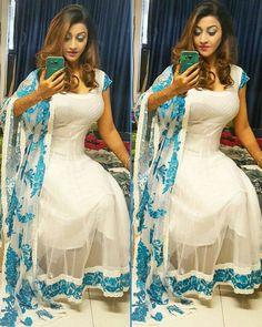Georgette Border Work White Bollywood Designer Suit - D127 at Rs 1199