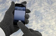 Smartphone Gloves - Black  by MYFAIRDEAL