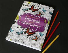 boekreview: het enige echte kleurboek voor volwassenen. Klik op de afbeelding om de review te lezen.