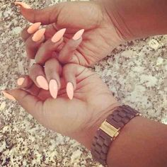 Peach almond stiletto nails. So good in summer