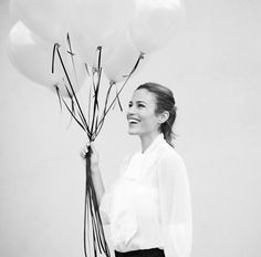 balloons for the bride-to-be   take black & white photos tooo.... that's typical of 20's during Audrey Hepburn's time