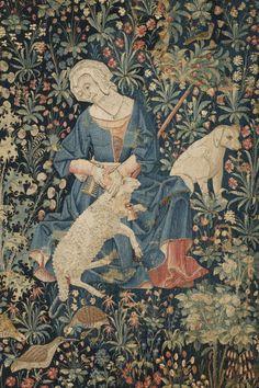 Nord de la France?  vers 1500    Le Travail de la laine   Provient du château de Serrant (Maine-et-Loire)  Tapisserie : laine et soie