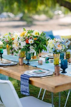Bright, bold geometric baby shower by To La Lune Events   Joielala Photography   100 Layer Cakelet