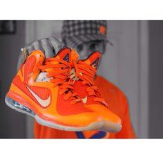 Nike LeBron - photo by @sneakz_4_weeks #nike #lebron #sneakers