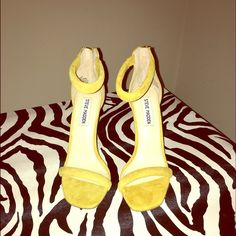 Yellow Suede Sandals Gorgeous Bright Yellow Suede Sandal by Steve Madden. Key piece for spring/summer! Steve Madden Shoes Heels