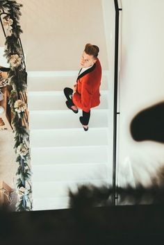 MERRY PROSECO🍾AND A HAPPY NEW GIN!🥂💛🌲 #modnerozmowy #christmas #ootd #christmastree #christmasoutfit #christmasdecorations #boy #menstyle #men #mensfashion #elegant #elegantoutfit #swieta #dandy #dandystyle #polishboy #corazblizejswieta #look #gentleman #warszawa #xmas