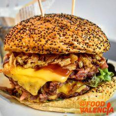 El Tarantin Chiflado – Food Valencia Valencia, Hamburger, Ethnic Recipes, Food, Hamburgers, Ethnic Food, Eten, Meals, Loose Meat Sandwiches