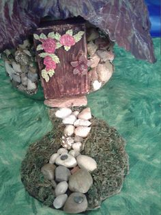 Stone Fairy Cottage with Cabbage Roof Nightlight Incl Battery Operated Tea Light and Furniture