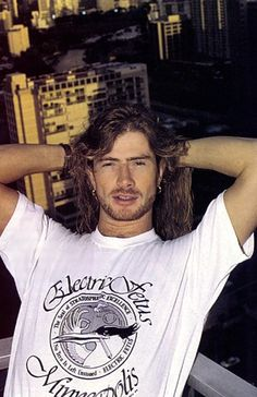 Dave Mustaine at a hotel- he looks pretty swarthy here.