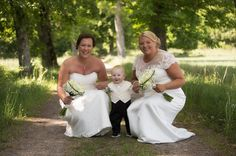 Ännu en härlig bild från gårdagen! #ilovesweden #sweden #jonas_fotograf #bröllopsfotograf #bröllopsinspiration #bröllop #bjärkasäby #bröllop2016 #bröllop2017 #linköping #meralink #linköpinglive #östergötland #hejöstergötland #sweden #igsweden #igscandinavia #ig_masterpiece #ig_captures #ig_great_shots #wedding #ig_great_pics #canon5dmarkiii #canonphotography #ig_europe #ig_sweden #sommar #tinnerö #tinneröeklandskap