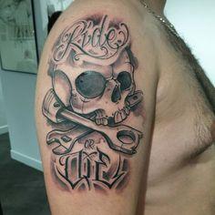 Ride or die #ozer #tatouage #tattoo #graffiti #loveletters #skull #rideordie…