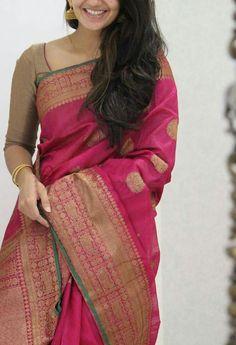 Indian Bridal Sarees, Bridal Silk Saree, Soft Silk Sarees, Wedding Sarees, Cotton Saree, Simple Sarees, Trendy Sarees, Silk Saree Kanchipuram, Lehanga Saree