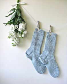 Ravelry: Laule'a pattern by cabinfour