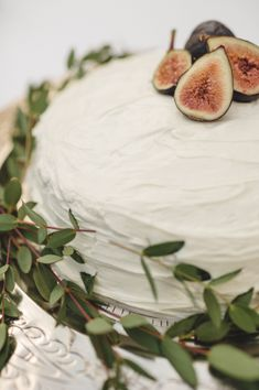 Wedding Cake with Figs | photography by http://spindlephotography.com | Styled by Elle Affairs