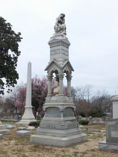 Hall Family gravesite in Elmwood Cemetery, Memphis