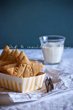 Mon petit bistrot: Biscotti avena e vaniglia