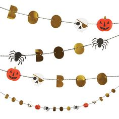 'something wicked' halloween garland via violet and percy. Click on the image to see more!