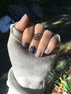 This is an awesome wrap. Love the nautical feel. Jamberry Combos, Jamberry Nail Wraps, Jamberry Australia, Independent Consultant, Short Nails, Manicures, Acrylics, Pretty Nails, Madness