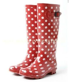 A Little Junk In My Trunk: DIY embellished Goodwill rain boots ...
