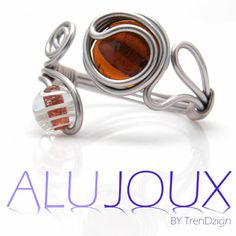 AluJoux Bracelet with crackle beads