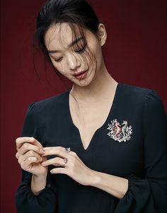 "Shin Min Ah shines with ""Love & Animal"" jewelry collection for Elle Korea"