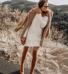 Tuesday Shoesday: Over the Knee Boots - Shalice Noel Winter Fashion Outfits, Casual Fall Outfits, Autumn Fashion, Autumn Outfits, Ootd Fashion, Girls Night Out Outfits, Fashion Tips For Women, Fashion Ideas, Over The Knee Boots