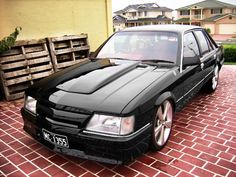 This Holden Commodore Royale VK looks like it could have been Darth Vader's car. Australian Muscle Cars, Aussie Muscle Cars, My Dream Car, Dream Cars, Volvo, General Motors Cars, Holden Australia, Holden Commodore, Trucks