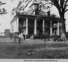 Seven Oaks plantation home in Westwego, Louisiana in the 1930s :: State Library of Louisiana Historic Photograph Collection
