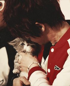Kim JaeJoong and kitty