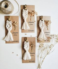 id membuat souvenir yg lucu & ga mainstream ya😍 Gantungan kunci macrame Harga mulai dari aja🤗🖤 Macrame Design, Macrame Art, Macrame Projects, Bambi, Rustic Wedding Favors, Wedding Gifts, Boho Theme, Woven Wall Hanging, Macrame Bracelets