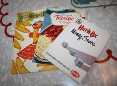 Vintage Advertisement Slim Cookbooks: 3-Piece Set by FelicesFinds