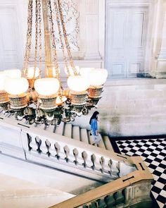 BE a seeker of everyday magic.. Happy Friday Loves . . . . .  #Paris #seemyparis #parislife  #tinseltravel #welltravelled #passionpassport #fashionart #summer #mytinyatlas #abmhappylife #creativelyfound #design #keepexploring #visualsgang #darlingmovement #thatsdarling  #Arch_lovers #persuepretty #lifestyleblogger #petitjoys #parisianDays #finditliveit #exploretocreate #influencer  #designstyle  #artwatchers #lookbook #tinseldot #photo by  @tinseldot . .  Se un buscador de magia cotidiana…
