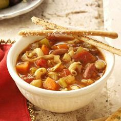 Easy Minestrone-I really like minestrone especially with cheesy garlic biscuits on a cold evening.