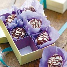 Pralinenverpackung - süße Sachen, dekorativ verhüllt - pappschachtel-q