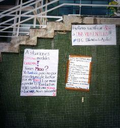 Pancartas en la Plaza de #LosPalosGrandes #LPG #Venezuela #SOSVenezuela #PrayForVenezuela #ResistenciaVzla #ElQueSeCansaPierde