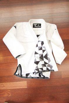 Jiu Jitsu Quotes, Kenpo Karate, Jiu Jitsu Techniques, Mma Gear, Aikido, Winter Sale, Athletics, Triangle, Swag