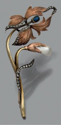 "the-rouge-rose2u:  "" An antique brooch, Russian, 1899-1908. In the Art Nouveau-style,  "" #GoldJewelleryArtNouveau"