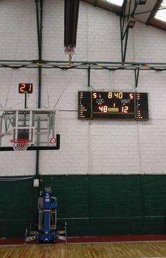 Le club de l'ASA basket #Sceaux qui évolue en Nationale 2 masculine a dernièrement équipé son gymnase d'un tableau d'affichage sportif Bodet BT 6325.