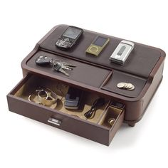 The Key to Succeeding in Woodworking Projects Diy Wood Projects, Woodworking Projects, Desk Tidy, Vide Poche, Things To Buy, Stuff To Buy, Desk Organization, Desk Accessories, Wood Boxes