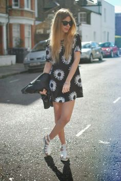 Georgia Luisa Meramo// UK Style blog: daisy dress