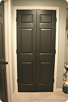 ON DOOR: Graphite from Benjamin Moore via Thifty Decor Chick