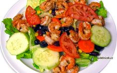 Almost everyone loves shrimp. This easy shrimp salad is sure to please and can be whipped up in a few minutes. Shrimp Recipes, New Recipes, Cooking Recipes, Favorite Recipes, Healthy Snacks, Healthy Eating, Healthy Recipes, Shrimp Salad, Cobb Salad