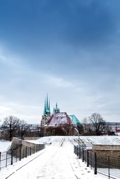 der Erfurter Dom von der Zitadelle Petersberg fotografiert