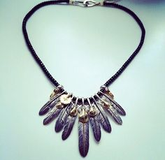 #goros#black#beads#feather#set
