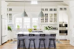 Classic kitchen designs classic white kitchen design by traditional Off White Kitchen Cabinets, Off White Kitchens, Gray And White Kitchen, Kitchen Cabinet Design, Interior Design Kitchen, Home Kitchens, White Cabinets, Glass Cabinets, Kitchen Designs