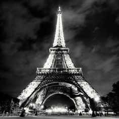 I was proposed to just under that beautiful structure. Sigh... I can't wait to go back.
