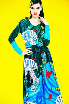 Women's Outfits : Mary Katrantzou Pre-Fall 2017 Collection Photos – Vogue Fashion Wear, Look Fashion, Couture Fashion, Fashion Photo, Fashion Design, Fashion Women, Mary Katrantzou, Fashion Week 2018, Fashion 2017