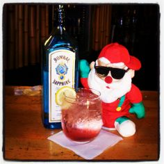 Merry Christmas everyone! Enjoy a Merry Christmas Cocktail with us today! #merry #Christmas #holiday #cocktail #BombaySapphire