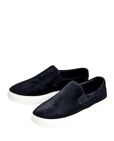The #loafer is back! Love these comfy loafers only $27! #fashion #style #shopping #clothing #shoes #flats #mens #womens #ladies Apparel #blackfive #mystylespot