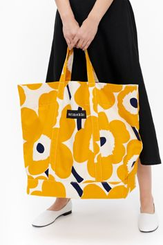 specializes in Finnish and Scandinavian design featuring Marimekko, iittala, Ilse Jacobsen, Ritva Falla & more. Textile Prints, Lino Prints, Block Prints, Marimekko Bag, Print Patterns, Floral Patterns, Textile Patterns, Sewing Magazines, Clothes Pegs